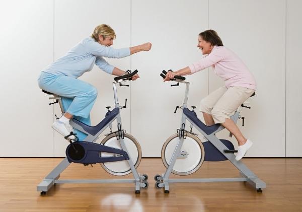 ออกกำลังกายกับเพื่อนหรือคนที่คุณรัก
