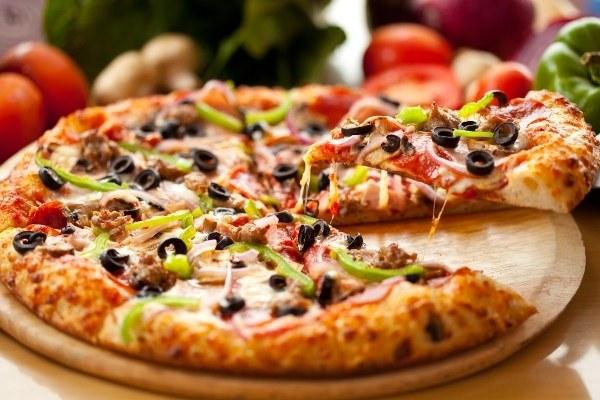 อาหารที่มีโซเดียมสูง - พิซซ่า